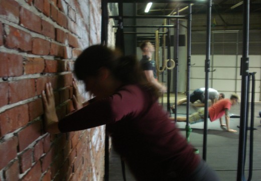WOD 111311: Situp and Press, Toes to Bar, Pushups